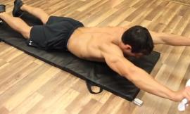 Упражнение за Гръб с Кърпа в Домашни условия (Видео)